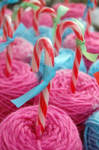 Candy cane yarn 2 015