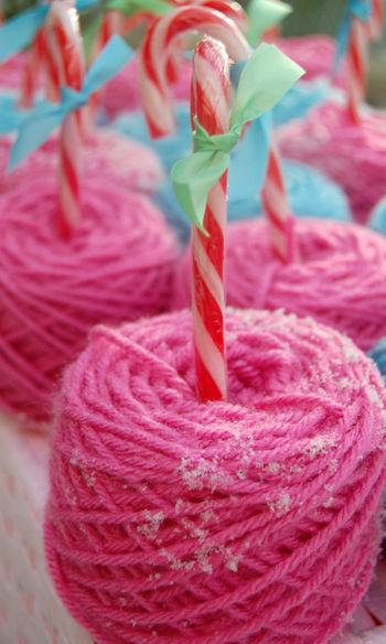 Candy cane yarn 2 013