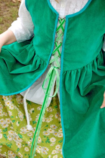 Irish overdress 047a